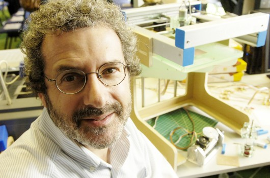 Professor Neil Gershenfeld of MIT
